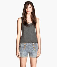 I like these shorts!   H&M GR