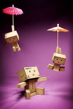 It's raning DANBO hallelujah it's raing DANBO oh yeah!