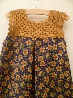 children's dress with crocheted top - Babykleidung Crochet Girls, Crochet Baby Clothes, Baby Girl Dress Patterns, Baby Dress, Crochet Fabric, Knit Crochet, Häkelanleitung Baby, Baby Sweaters, Crochet Fashion