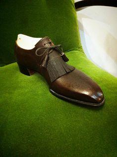 Mens Suede Boots, Mens Shoes Boots, Shoe Boots, Suit Shoes, Men's Shoes, Dance Shoes, Derby, Best Looking Shoes, Robin