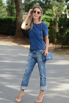 Nati Vozza do Blog de Moda Glam4You com look casual all blue super elegante                                                                                                                                                     Mais