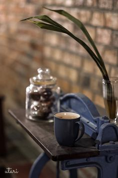 Background Images For Quotes, Chocolate Coffee, Coffee Cafe, Tea, Drinks, Tableware, Writing, Books, Kaffee