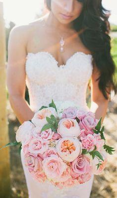 Love the colors ~ Vis Photography // Floral Design: Stephanie Grace Designs | bellethemagazine.com