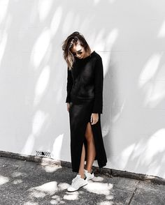 Pin for Later: 21 Aussie Fashion Bloggers Who Deserve a Follow Modern Legacy What You'll Find: Unexpected ways to wear button-downs and solid staples, along with sneaker and loafer outfit inspiration.