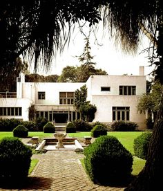 House for Walter Luther Dodge, 1914-1916, Los Angeles | Irving J Gill, architect | Garden front