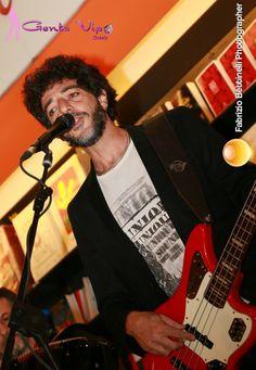 Max Gazzè presenta il nuovo album alla Feltrinelli di Roma