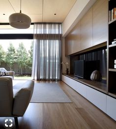 Home extension in Hawthorn by Chan Architecture Apartment Interior, Living Room Interior, Home Living Room, Living Room Wall Units, Living Room Tv Unit Designs, Home Room Design, House Design, Tv Wall Design, Interior Design