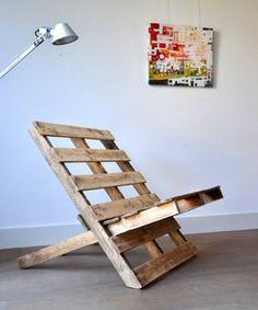 Mijn vergaarbak van leuke ideeën die ik wil toepassen in mijn huis. - Eenvourdige houten rauwe stoel gemaakt van een pallet.