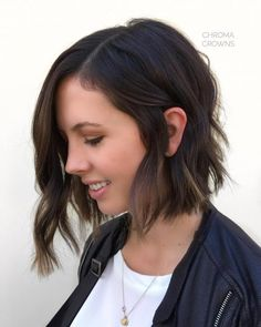 30 Best Short Hairstyles for Thin Hair to Look Cute 34 Fresh Short Hairstyles for Thin Hair hairstyles for thin hair Thin Hair Haircuts, Best Short Haircuts, Cute Hairstyles For Short Hair, Undercut Hairstyles, Easy Hairstyles, Hairstyles Pictures, Bob Haircuts, Hairstyle Ideas, Short Thin Hair