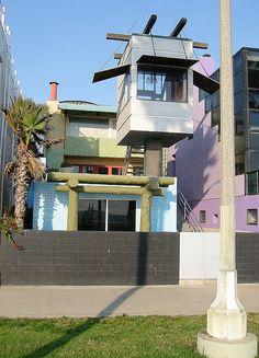 Frank Gehry beach house, Venice, California