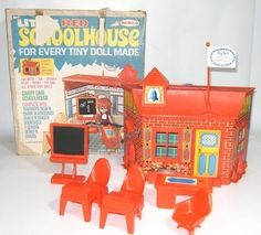 Vintage REMCO Tiny Doll Little Red Schoolhouse 1967 Heidi Jan Tin Litho RARE NR   #472072537