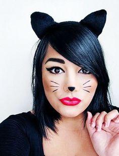 Sweet & simple Halloween costume idea: Black cat