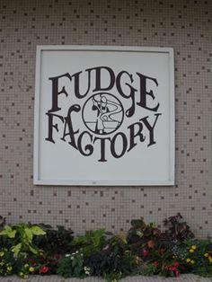 gotta stop for some fudge--we also dig the dipped pretzels and turtle wings