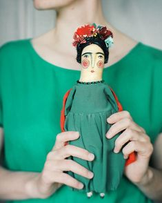 Softies, Fabric Dolls, Paper Dolls, Shape Collage, Tilda Toy, Frida Art, Creative Textiles, Creepy Dolls, Doll Repaint