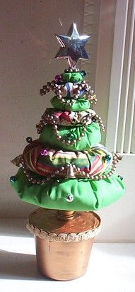 A Puff Fabric Christmas Tree