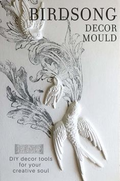 Adding vintage three dimensional details to your DIY projects has never been easier! Check out the latest release of Decor Moulds from Iron Orchid Designs. Diy Fall Wreath, Fall Wreaths, Diy Home Decor Projects, Craft Projects, Diy Furniture Appliques, Orchard Design, Iron Orchid Designs, Mold Making, Vintage Decor