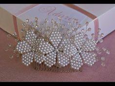 Arranjo cabelo noiva flores em pérolas brancas (modelo 306) | Adore Noivas - Loja virtual: www.elo7.com.br/adorenoivas