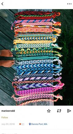 37 Beautiful Threaded Anklet Designs – Love Your Ankle Yarn Bracelets, Diy Bracelets Easy, Embroidery Bracelets, Summer Bracelets, Bracelet Crafts, String Bracelets, Homemade Bracelets, Anklet Designs, Bracelet Designs