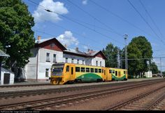 RailPictures.Net Photo: 814 147 5 CD - Ceske Drahy 814 at Velesin, Czech Republic by Roman Cifreund