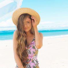 . #newvideo #cottonon #lifehacks #beachday Sarah Betts, Bette, Alisha Marie, Colby Brock, Cute Bikinis, Drawing People, Photo Poses, Beach Day, Girl Power