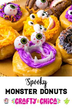 Halloween Monster Donuts - The Crafty Chica Holiday Treats, Halloween Treats, Halloween Decorations, Diy Outdoor Weddings, Diy Wedding On A Budget, Mason Jar Crafts, Mason Jar Diy, Crafts To Make And Sell Unique, Paper Flower Centerpieces
