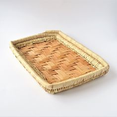 Rectangle Palm leaves hand woven basket Basket Weaving, Hand Weaving, Helping Cleaning, Handmade Home, Butcher Block Cutting Board, Handicraft, Palm, Tray, Leaves