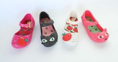 BEACH AND SPORT  Melissa Mini Ipanema Flip Flops, Melissa Shoes, World Cup, Brazil, Beachwear, Baby Shoes, Take That, Flats, Sport