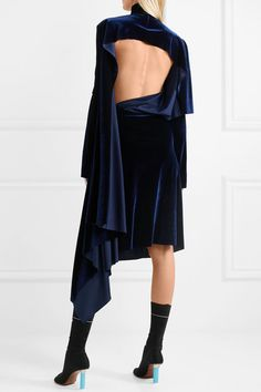 VETEMENTS Asymmetric exquisite open-back velvet midi dress