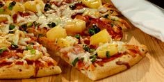 Hawaiian Ham and Pineapple Pizza | Recipes | TABASCO.COM