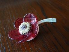 Brooch celluloid and glass Brooches, Panna Cotta, Berries, Plastic, Fruit, Glass, Ethnic Recipes, Flowers, Vintage
