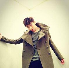 Noticias K-POP: ZICO revela MV de 'Pride And Prejudice'