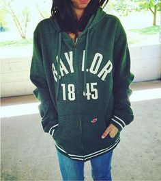 The perfect relaxed Baylor zip-up hoodie!