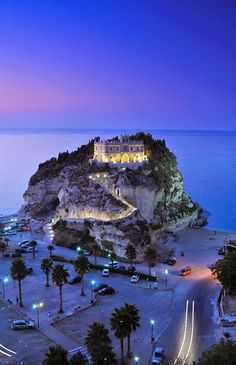 Tropea, Calabria, Southern Italy  Seven days left and I'm there !