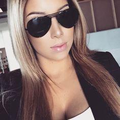#ipsyStylist @lustrelux rocking her #aviators! #beauty #makeup #lustrelux #ipsy