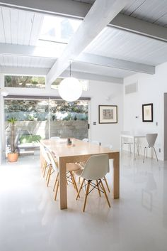 an art lovers harmonious home epoxy floorwhite dining roomsflooring optionsfloor - Dining Room Flooring Options