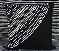 Handmade Pillow case made black and white Marimekko Fokus fabric, Finland Best Duvet Covers, White Duvet Covers, Marimekko, Black And White Love, White Houses, Living Furniture, Fabric Design, Decorative Pillows, Pillow Cases