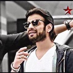 TV actor Karan Patel lambasts Vodafone! Karan Patel, Yeh Hai Mohabbatein, Trailer 2, Tv Actors, Mens Sunglasses, Handsome, Celebrity, Entertainment, Style