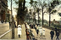 A collection of old postcards of Richmond and Kew, in Surrey, Richmond Bridge, Richmond Surrey, Richmond Upon Thames, Richmond Hill, Richmond England, London House, London Life, Edwardian House, Victorian London