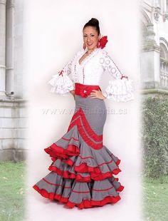 Falda y Blusa modelo Farruca www.vivalaferia.es Cute Skirts, Cute Dresses, Short Dresses, Flamenco Costume, Flamenco Dresses, Dress Outfits, Fashion Dresses, Spanish Dress, Frill Dress