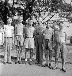 6 extremely thin malnourished American men after they were freed from Japanese captivity at Santo Tomas University. (L-R) Hugo G. Ww2 Photos, Cool Photos, Interesting Photos, University Of Santo Tomas, Bataan Death March, Stock Pictures, Stock Photos, War Medals, Prisoners Of War