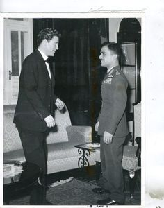 Peter O'Toole and King Hussein of Jordan, 1960