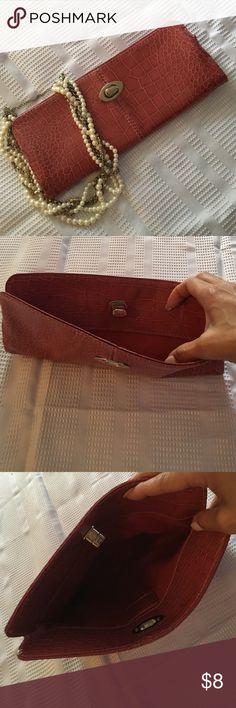 Salmon color clutch purse Magnetic closure. Clutch purse in salmon. Perfect condition. Bags Clutches & Wristlets