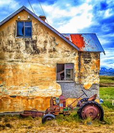 An abondoned farmhouse in Iceland