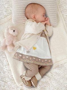 97478a9696b60 Moment de tendresse avec l ensemble 3 pièces bébé nouveau né. Collection  automne hiver