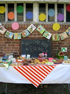 Love this site! Love the book garland food ideas and homemade baby story