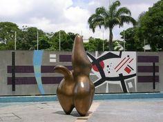 Cloud Shepherd, a bronze sculpture by Hans Arp at the University City of Caracas (Spanish: Ciudad Universitaria de Caracas), Venezuela