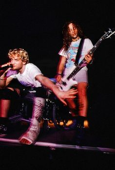 Layne Staley (with broken foot) and Mike Starr LSMS