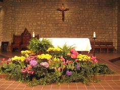St. Joan of Arc Catholic Church, Holy Thursday decorations