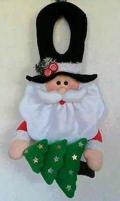 Resultado de imagen para agarracortinas de fieltro Christmas Projects, Christmas Humor, Felt Crafts, Holiday Crafts, Christmas Holidays, Diy And Crafts, Christmas Sewing, Christmas Fabric, Handmade Christmas