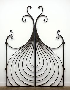 Metal gate, inspired by nature